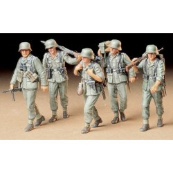 German Machine Gun Crew On...